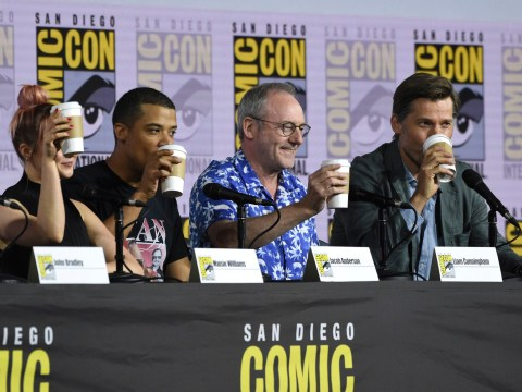 Game Of Thrones cast raise a toast with coffee cups at Comic Con to mock that epic editing fail