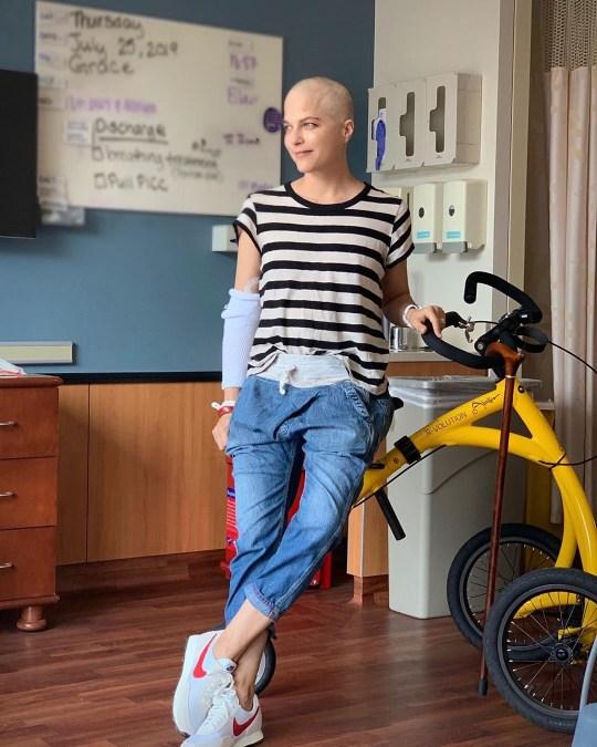 Selma Blair reveals shaved head amid MS treatment