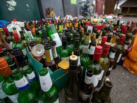 Should the UK adopt a 'deposit return system' for plastic bottles?