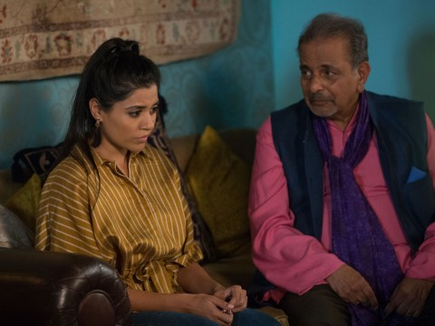 Is Iqra Ahmed gay in EastEnders and who is her girlfriend?