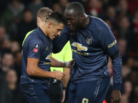 Alexis Sanchez flooded with messages from Romelu Lukaku urging him to quit Man Utd