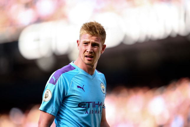 Kevin De Bruyne looks on during Manchester City's game against Tottenham