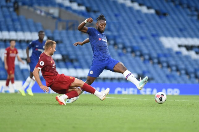 Michy Batshuayi intends to stay at Chelsea