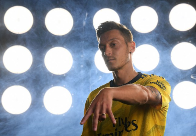 Mesut Ozil gives advice to Joe Willock and Reiss Nelson over Arsenal places