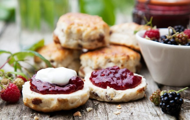 Jam should be applied to scones before cream, so say the majority
