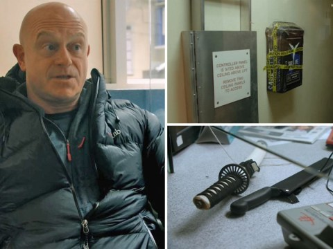 Shocking moment Ross Kemp tries to hand deadly knives over to police but stations won't accept