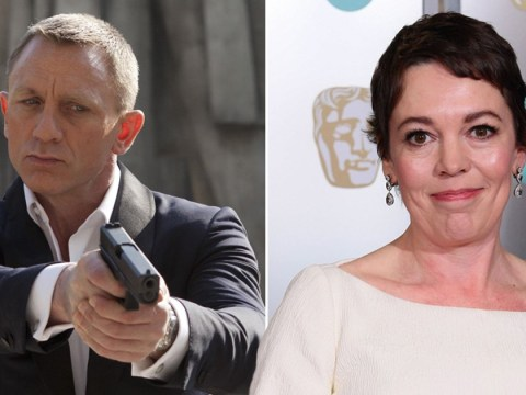 Olivia Colman is keen to land a role with Daniel Craig in Bond 25 and she's practically begged Phoebe Waller-Bridge for it