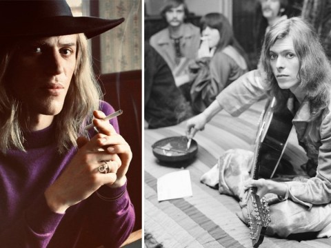 Johnny Flynn looks the spitting image of David Bowie in the first pic from new Stardust movie