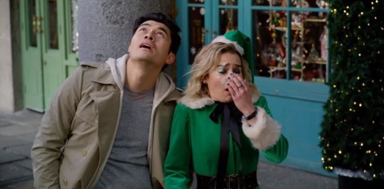 Henry Golding and Emilia Clarke in Last Christmas trailer