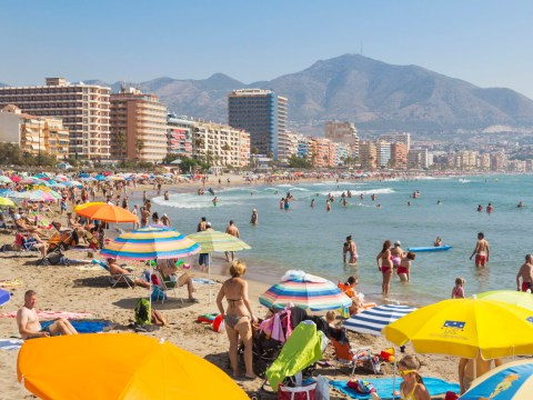 Last minute rush by Brits registering to live in Spain over Brexit fears