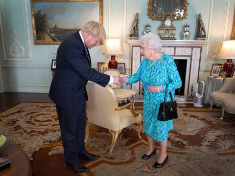 Queen accepts Boris Johnson's request to suspend Parliament