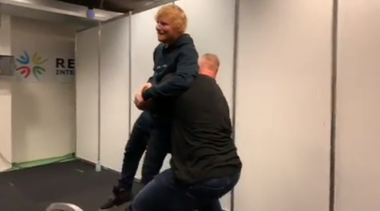 Ed Sheeran lifted by the mountain from game of thrones