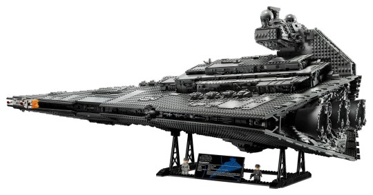 Lego Star Wars Star Destroyer is the longest set ever at 1 1