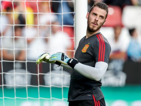 Edwin van der Sar warns David de Gea he is replaceable ahead of potential return to Manchester United