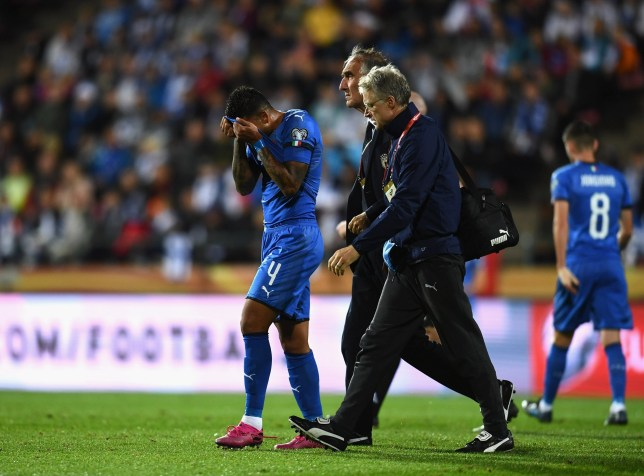 Italy manager Roberto Mancini provides injury update on Chelsea star Emerson