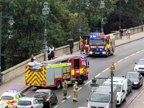 Man dies and another injured 'after they fell from Kew Bridge'