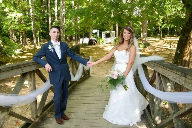 METRO GRAB - with permission Wedding photos crashed by black bear https://www.facebook.com/gypsysoulknoxvilletennessee/ Picture: GypsySoul Photography & Salon