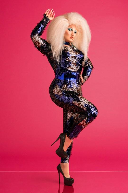Nombre del programa: RuPaul's Drag Race UK - TX: n / a - Resultado: Start (No. N / a) - La imagen muestra: ** ESTRICTAMENTE EMBARGADO HASTA 21.08.2019 00: 00: 01 ** The Vivienne - (C.) BBC - Fotógrafo: Leigh Keily