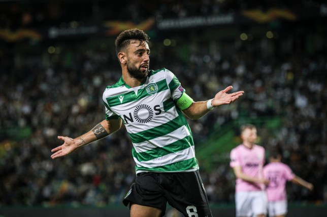 Bruno Fernandes is in talks to sign for Manchester United