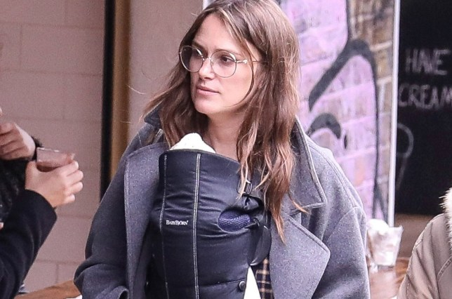 Keira Knightley looks fresh as she heads out for lunch ...