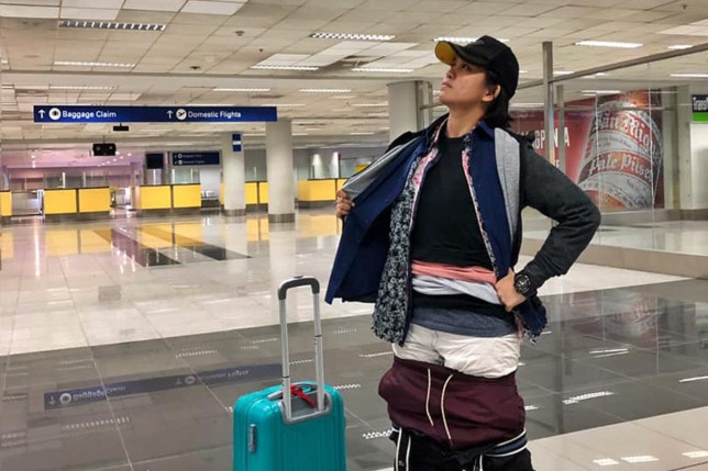 Woman wears 2.5kg of clothing so she can avoid excess baggage fees