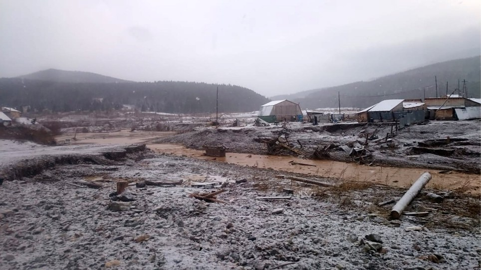 KRASNOYARSK TERRITORY, RUSSIA - OCTOBER 19, 2019: The scene of a mining dam burst on the Seiba River near the village of Shchetinkino, Kuragino District, Krasnoyarsk Territory; at least 13 people died in the accident. Krasnoyarsk Territory Branch of the Ministry of Civil Defence, Emergencies and Disaster Relief of the Russian Federation/TASS (Photo by Russian Emergencies Ministry\\TASS via Getty Images)