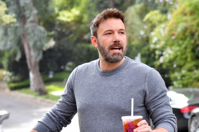 Ben Affleck arrives at his ex wife Jennifer Garner's house after a night of looking worse for wear Pictured: Ben Affleck Ref: SPL5124727 271019 NON-EXCLUSIVE Picture by: SplashNews.com Splash News and Pictures Los Angeles: 310-821-2666 New York: 212-619-2666 London: +44 (0)20 7644 7656 Berlin: +49 175 3764 166 photodesk@splashnews.com World Rights,