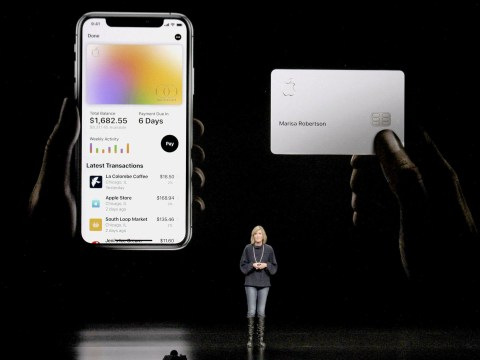 Apple Card 'offers less credit to women'