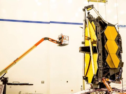 Nasa shows just how big the James Webb Space Telescope is
