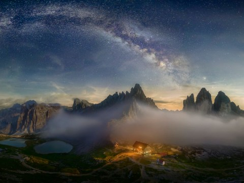 Breathtaking picture shows the Milky Way above the Dolomites
