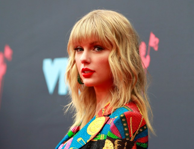 FILE PHOTO: 2019 MTV Video Music Awards - Arrivals - Prudential Center, Newark, New Jersey, U.S., August 26, 2019 - Taylor Swift. REUTERS/Andrew Kelly/File Photo