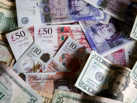 Pound drops after Government reveals plan to make Brexit extension illegal