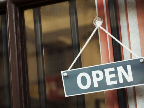 Are shops open on New Year's Day 2020?