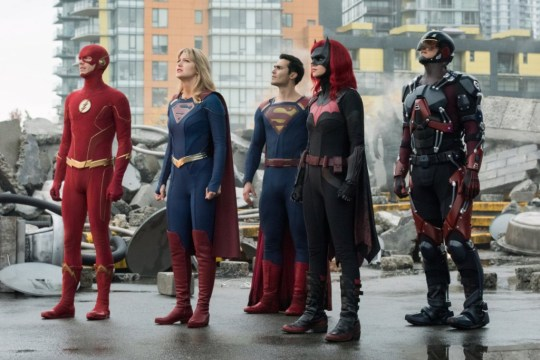 "Supergirl -- ""Crisis on Infinite Earths: Part One"" -- Image Number: SPG509c_0115r.jpg -- Pictured (L-R): Grant Gustin as The Flash, Melissa Benoist as Kara/Supergirl, Tyler Hoechlin as Clark Kent/Superman, Ruby Rose as Kate Kane/Batwoman and Brandon Routh as Ray Palmer/Atom -- Photo: Dean Buscher/The CW -- ? 2019 The CW Network, LLC. All Rights Reserved."