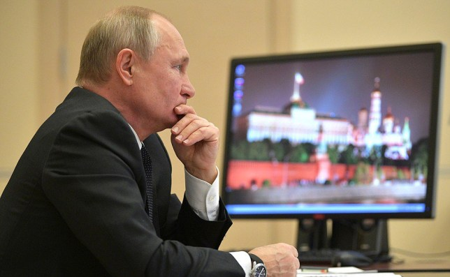 Vladimir Putin?s computer is still running Windows XP and ?hasn?t been updated in five years?, pictures show