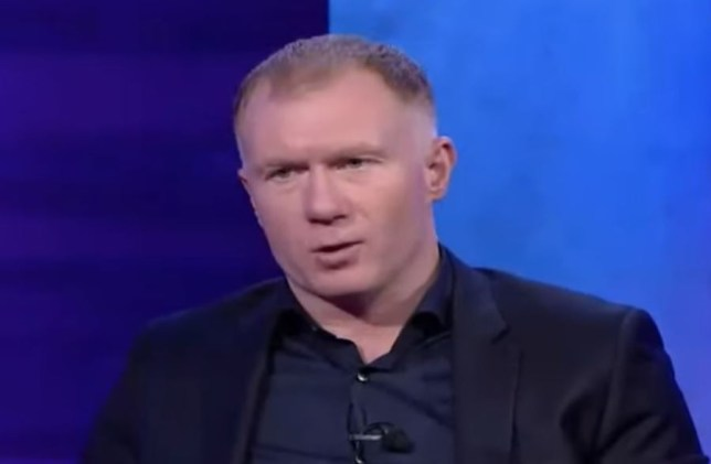 Paul Scholes was not happy with Freddie Ljungberg's attire for Arsenal's match against Norwich City
