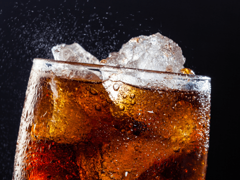 Drinking 'diet' fizzy drinks is actually linked to increased weight gain, say docs