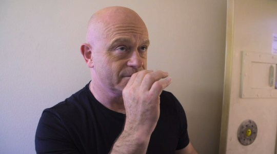 Ross Kemp smokes Spice