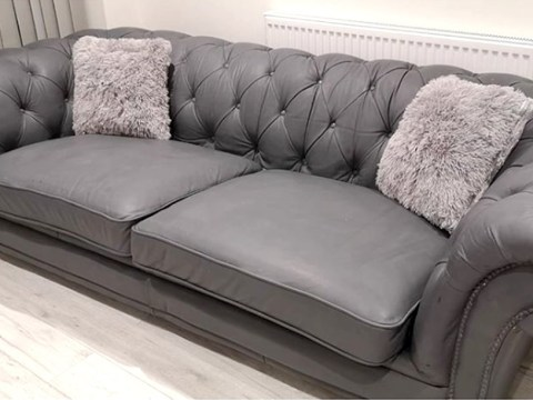Woman transforms free Chesterfield sofa for £30 using paint