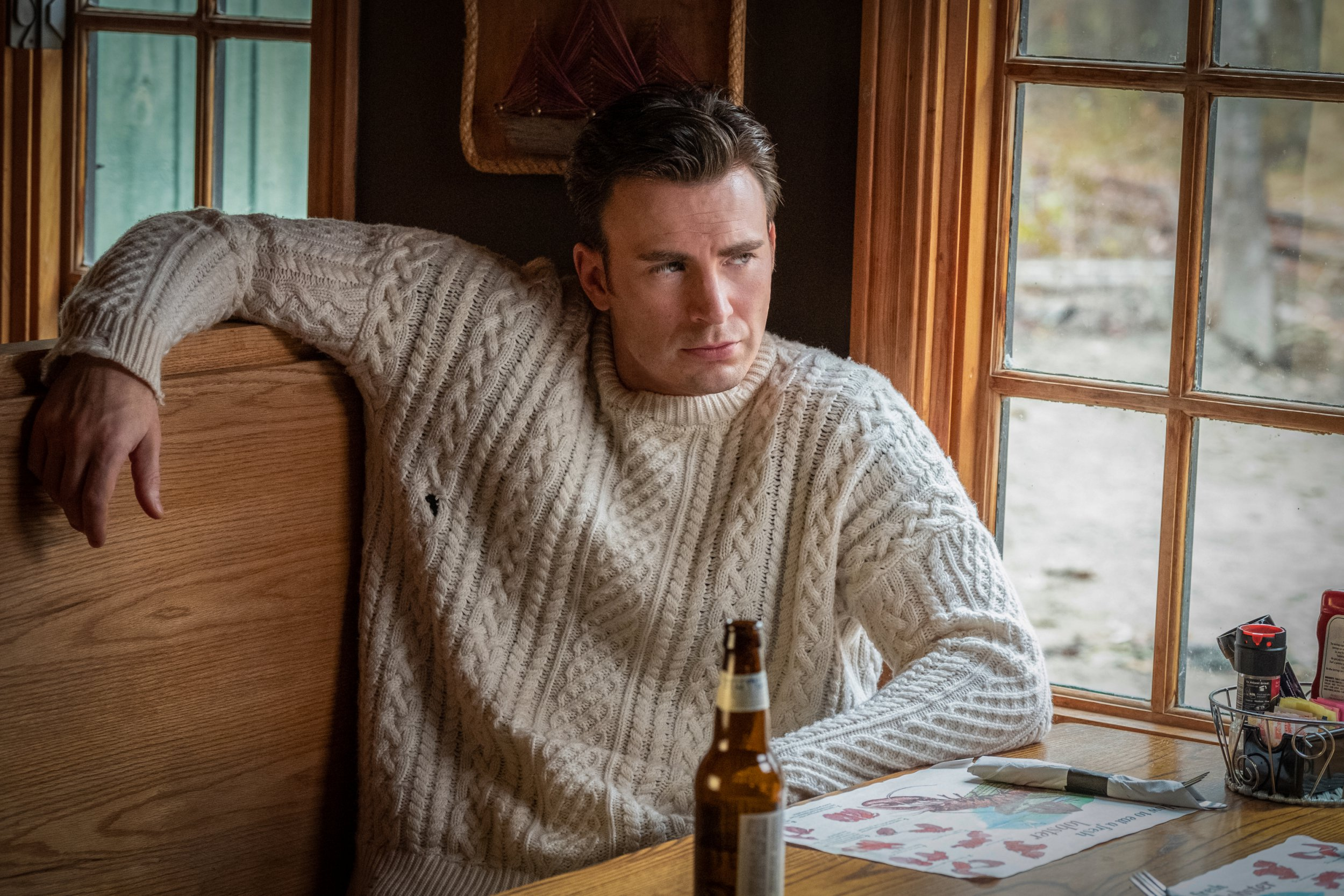 Man orders \u0027affordable\u0027 jumper but gets wool he has to knit