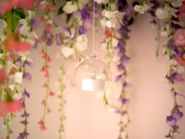 shareen ellahis diy flower canopy in her daughters bedroom