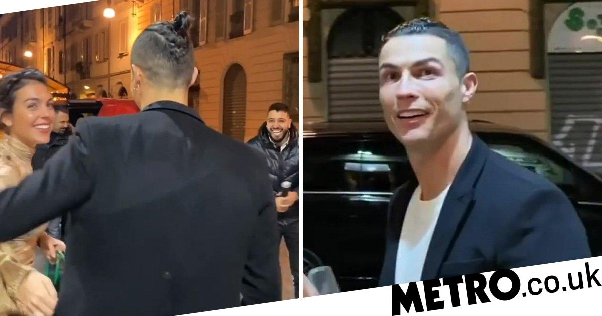 Cristiano Ronaldo Left Speechless As He S Given Car Worth Nearly 1m Metro News