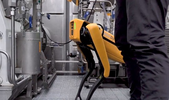 A four-legged robot called Spot has gone to work on a Norwegian oil rig. Artificial Intelligence company Cognite and oil firm Aker BP have tested Spot???s mobility in simulated oil and gas environments. They wanted ???to ensure that it can access locations in these facilities too difficult to access through traditional automation.??? The companies say the exercise is ???a strategic initiative to explore how robotics systems can be used to make offshore operations safer, more efficient and more sustainable.??? Cognite, a global industrial AI software-as-a-service (SaaS) company and Aker BP will do several tests using robots and drones on the Aker BP operated Skarv installation in the Norwegian Sea during 2020. The robotics systems will be tested to gauge their performance in autonomous inspection, high-quality data capture, and automatic report generation. Tasks may include aerial and underwater inspections, responding to leaks, performing work that takes humans out of harm???s way, and providing onshore operators with telepresence on offshore installations. Among the robots involved in the initiative is Spot, the quadruped robot developed by Boston Dynamics. ???Digitalization will be one of the differentiators between the oil companies of the world, in order to be able to deliver low cost and low emissions. Our vision is to digitalize all our operations from cradle to grave in order to increase productivity, enhance quality and improve the safety of our employees. Exploring the potential of robotics offshore underpin our digital journey???, said Karl Johnny Hersvik, CEO of Aker BP. ???We???re excited to see innovative partners such as Cognite validating Spot???s ability to reduce risk to humans and provide value for the energy industry,??? said Michael Perry, Vice President of Business Development at Boston Dynamics. Cognite???s main software product, Cognite Data Fusion (CDF), will serve as the data infrastructure for the initiative. CDF, a clou