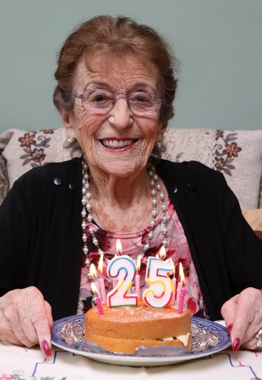 Cool Great Grandmother 100 Celebrates 25Th Birthday On Leap Year Funny Birthday Cards Online Kookostrdamsfinfo
