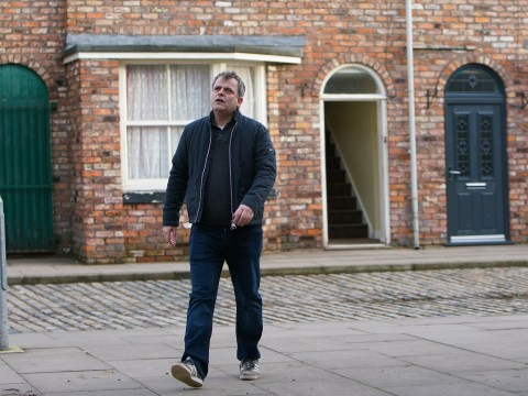 Coronation Street spoilers: Young Oliver seriously ill as he suffers fits