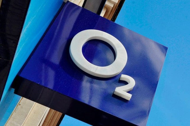 O2 is dropping data charges for mental health and financial support sites (Getty)