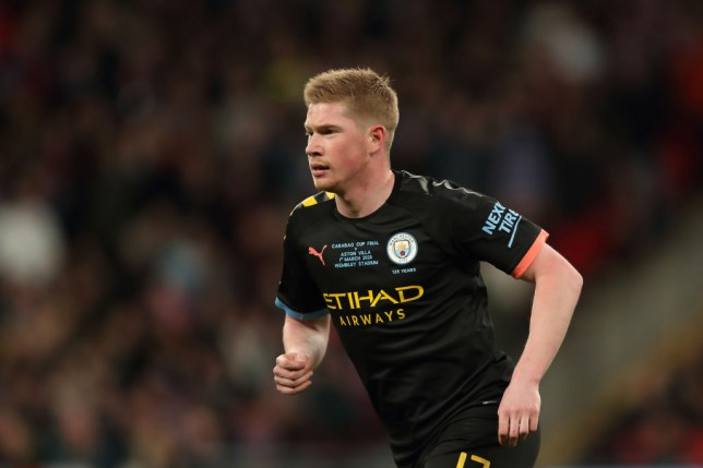 Kevin De Bruyne suffered a shoulder injury during last weekend's Carabao Cup final