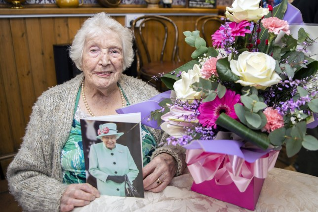 A Northampton woman has celebrated her 105th birthday with afternoon tea, a glass of wine and a card from the Queen