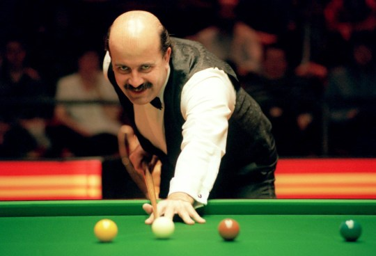 FILE PHOTO: Willie Thorne, one of snooker's most popular figures, is to undergo chemotherapy treatment after being diagnosed with leukaemia. WILLIE THORNE ... SNOOKER BENSON & HEDGES ... 06-02-1994 ... Photo credit should read: Steve Morton/EMPICS Sport. Unique Reference No. 85373 ...