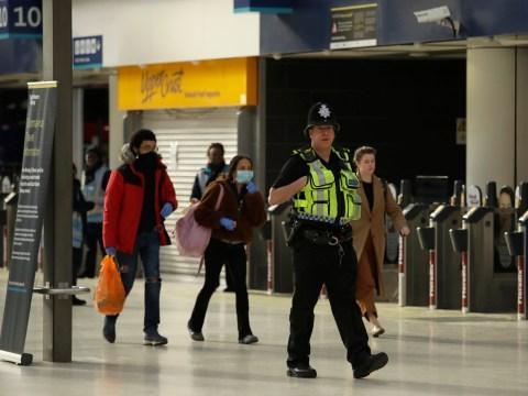 Five hundred police officers patrol rail network to enforce lockdown